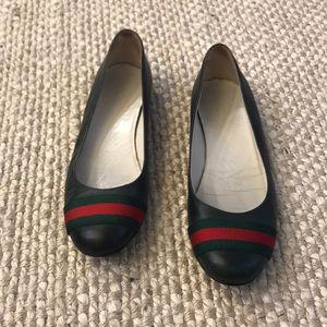 Gucci Flats!